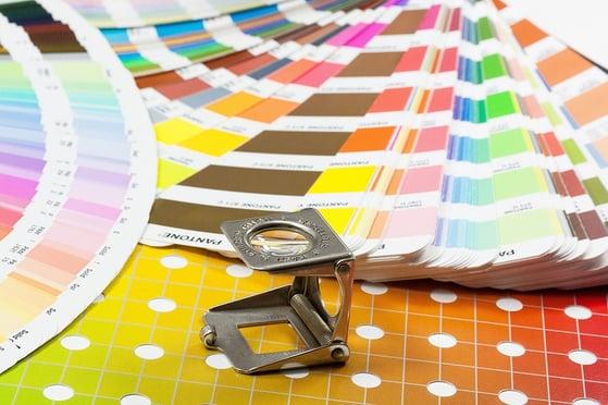 Impresión offset de hoja en materiales plásticos