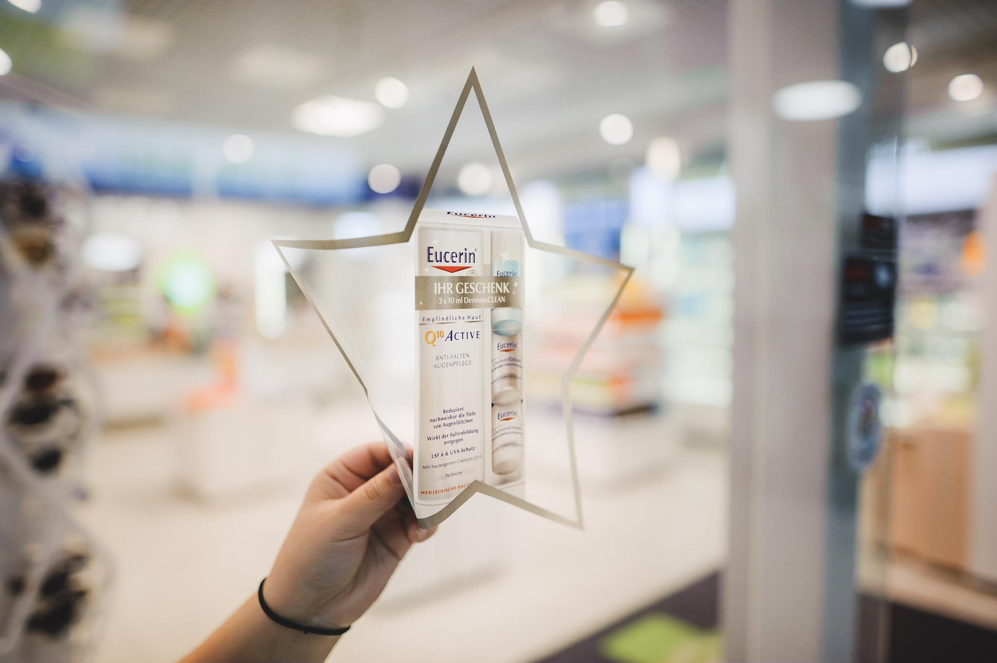 3 Gründe warum klebstofffreie Sticker ideal für Werbung am Point-of-Sale in Apotheken sind